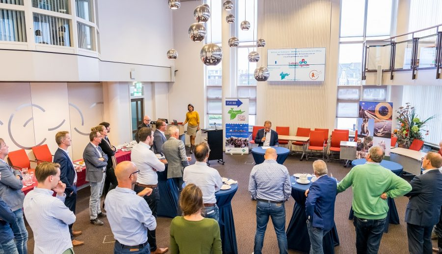 Betrokken ondernemers bij bijeenkomst Energie, Klimaat en Duurzaamheid in Hardinxveld-Giessendam